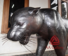 patung-macan-tembaga-03