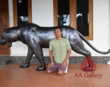 patung-macan-tembaga-05