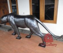 patung-macan-tembaga-07