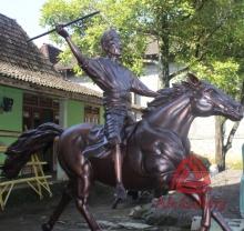Patung Kuda Tembaga 05