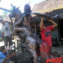Patung Kuda Tembaga 10