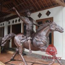 Patung Kuda Tembaga 21