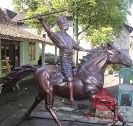 Patung Kuda Tembaga 22