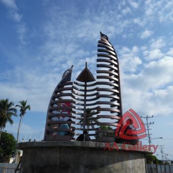 Pemasangan Kerajinan Tugu Tembaga Kota Masohi